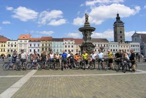 Happy cyclists in Prague